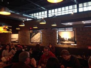 Jason's Deli dining room