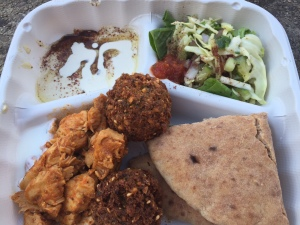 Banzo falafel and chicken combo