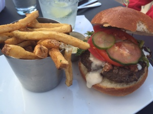 Stamm House burger and frites